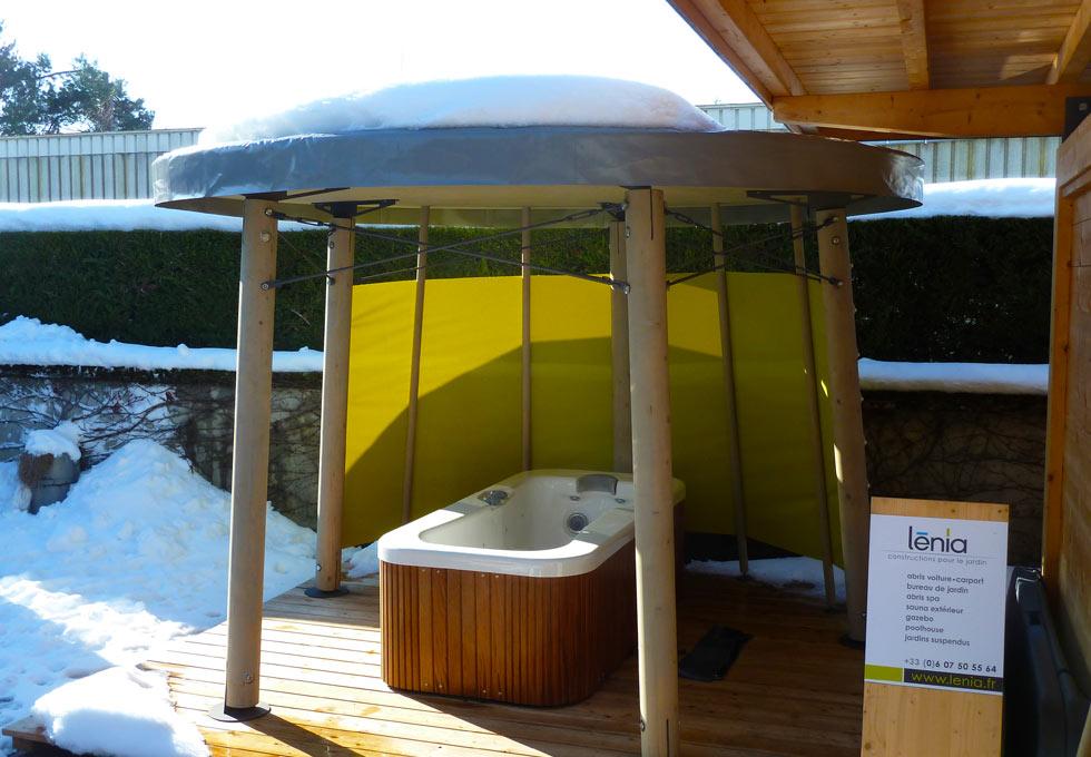 Construction et installation d 39 abri de spa sur mesure for Abri spa exterieur